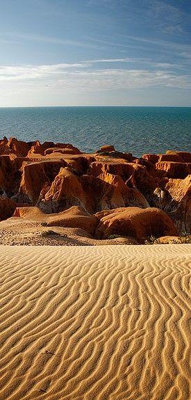 Morro Branco Labirinto das falésias - Ceará - Brasil: