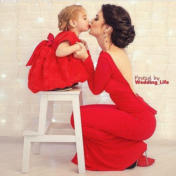 """""""Ladies in red por @casandoemrecife! Lindas! ❤️ ▬ Siga esse ig tão lindo e cheio de inspirações! ❤️ @casandoemrecife ❤️ ❤️ @casandoemrecife ❤️…"""""""
