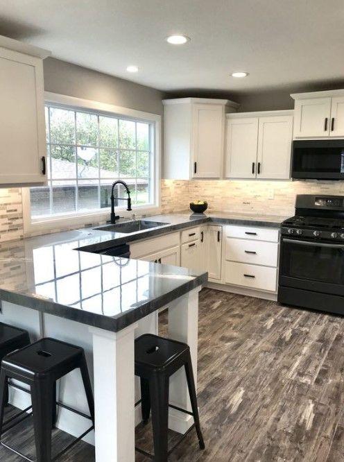 15 Innovative Black And White Kitchen Decoration Ideas Pinzones In 2021 Kitchen Remodel Small Kitchen Design Small Kitchen Design