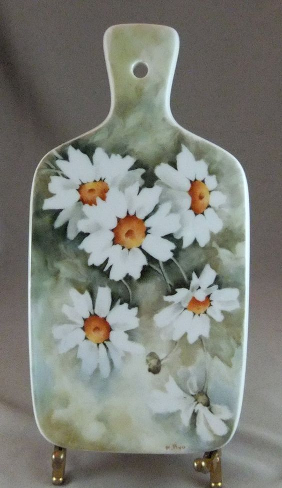 Hand Painted Daisies on Porcelain Trivet
