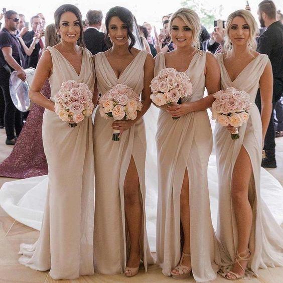 - #Bodasenlaplayadecoracion #Decoracionbodaseconomica #matrimonioplaya #Portaanillosdeboda #Vestidosdenoviaparaplaya