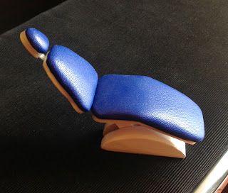DECORAR CON MINIATURAS: El sillón - DIY