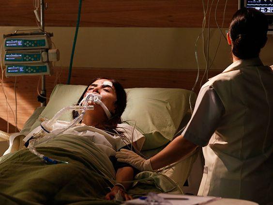 Margot fica em coma depois de acidente