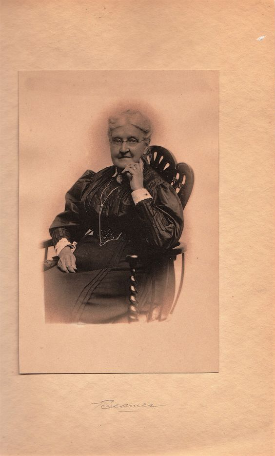 aunt sarah killman name back of this photo, beamer studio 483 main st ...