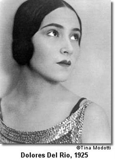 Dolores Del Rio - 1925 - Photo by Tina Modotti (Italian, 1896-1942)