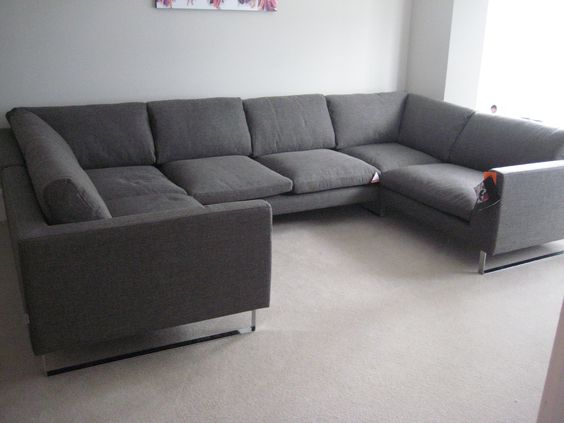 2 x one armed wide armchairs (110 cm x 102 cm) + 2 x corners (102 cm x 102 cm) with an armless 140 cm sofa section created a balanced U / C shaped sofa set.