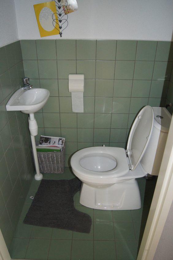 Toiletten verf and vintage on pinterest - Tegels voor wc ...