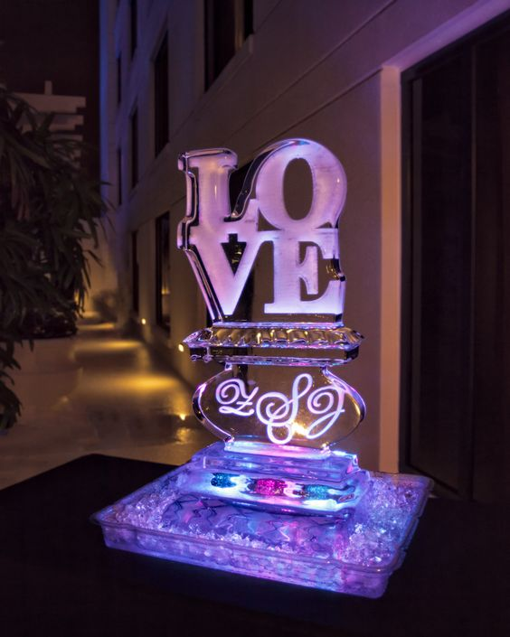 Orlando Wedding Planner + Swanky I Do's + Downtown Orlando + Wedding Ice Sculpture + Grand Bohemian