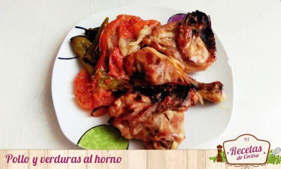 Pollo y verduras al horno, un plato sencillo de hacer y que lleva muy poco tiempo elaborarlo. Sólo necesitarás un horno, pollo y mucha verdura.