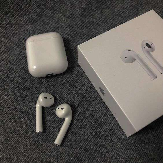 Apple Airpods With Charging Case Apple Products Apple Accessories Apple Watch Accessories