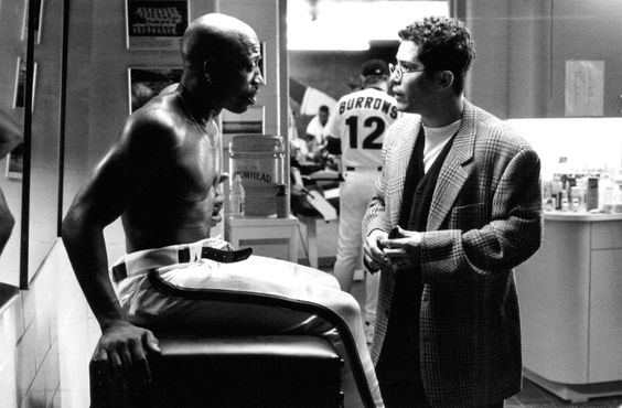 still-of-john-leguizamo-and-wesley-snipes-in-the-fan-(1996)-large-picture.jpg (2048×1344)
