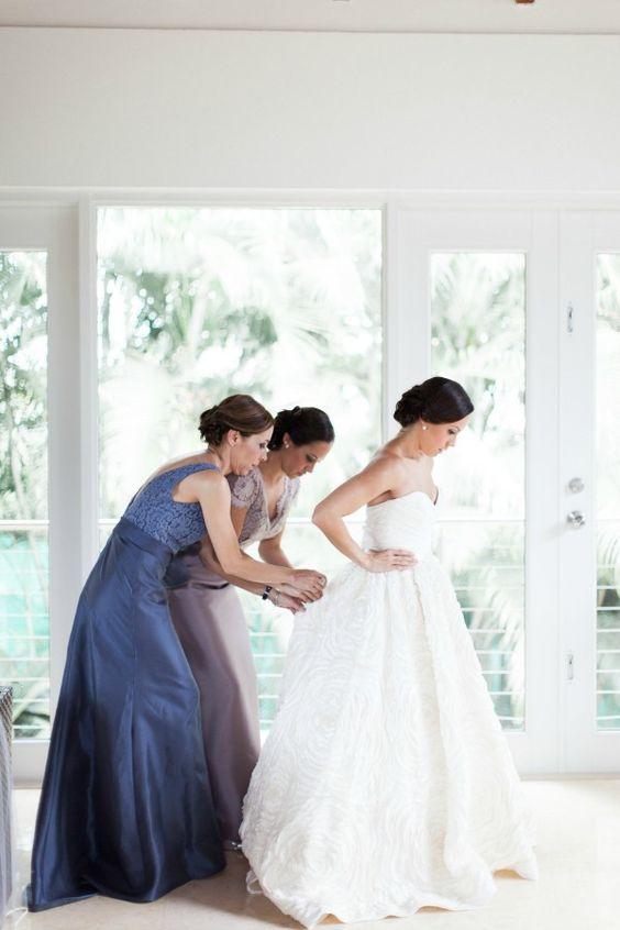 Amsale wedding dress romantic and elegant puerto rico for Puerto rican wedding dress