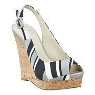 Patterned wedges: Peep Toe Pumps, Pumps Wedges, Nine West Shoes, My Style Shoes, Patterned Wedges, Striped Wedges, Stores Ninewest, Summer Wedges, Pumps Peep