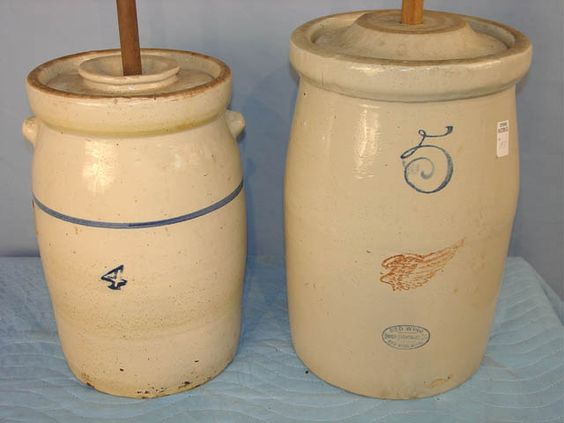 184 & 183 - #4 Crock Churn with Lid & #5 Red Wing Churn with Lid.jpg (640×480)