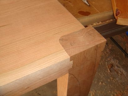 Maloof joints on a cherry side table - talkFestool (shown in full scale but probably adaptable to miniature)