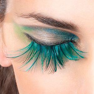 These are kinda cool, feather eyelashes