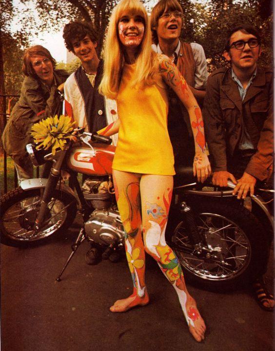 60s Mini Dresses And Body Art Psychedelic Fashion 60s Fashion Hippie 60s Mini Dress