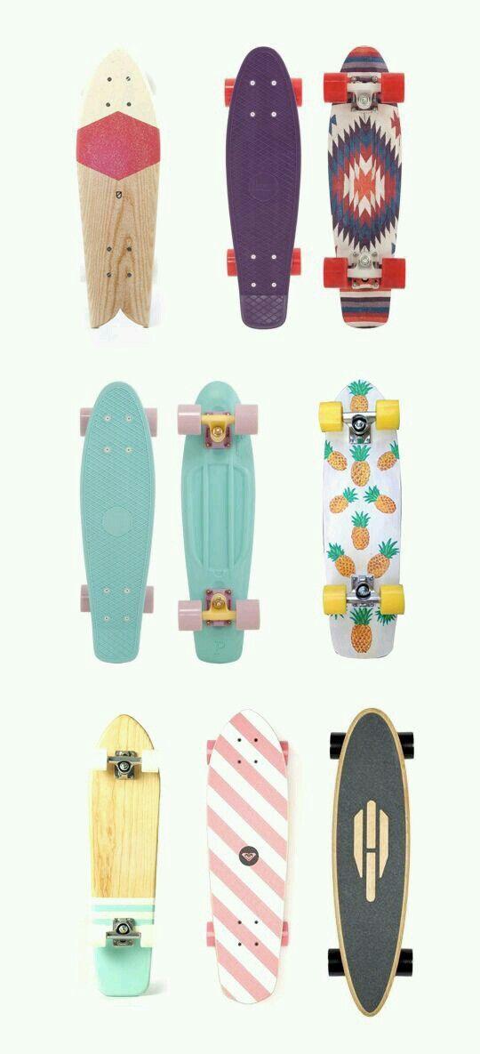 ポップなデザインのスケートボード