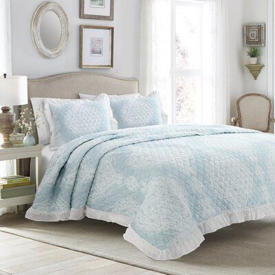 House Of Hampton Alldredge Ruffle Edge Reversible Bedspread Set