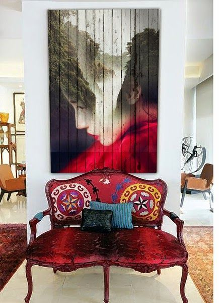 Suzani Banc Couvert...amazing painting on planks!!♦️
