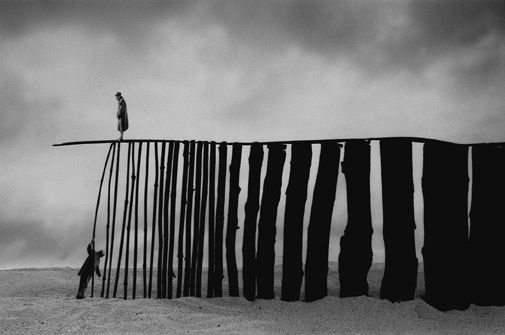 © Gilbert Garcin