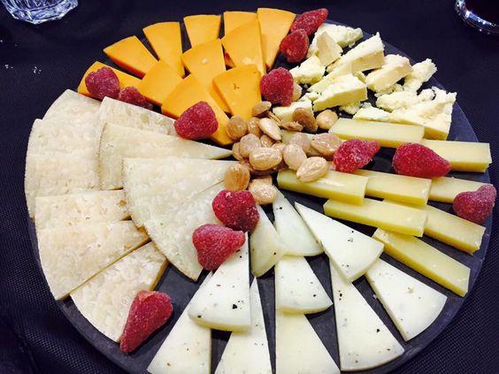 Tabla de #Quesos #Alimentación #Delicatessen #Gastronomía #Gourmet