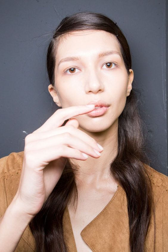 Pin for Later: Fall Manicure Trends You Need to Nail Right Now Simonetta Ravizza Fall 2016