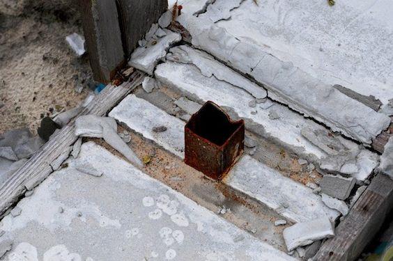 Situazione Ucraina sempre più nera: rubata la recinzione del Rifugio Italia di Cisternino