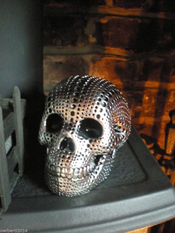 Scary halloween props, Skull decor and Halloween prop on Pinterest - scary halloween props