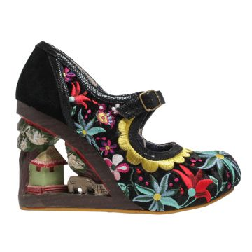 Irregular Choice Gulliver. This style is a real show stopper this season! Gorgeous embroidered uppers with a strap over the front of the foot. The heels are a carved wood, making this style a true one off fairytale style and a worth addition to any IC Lover's collection!