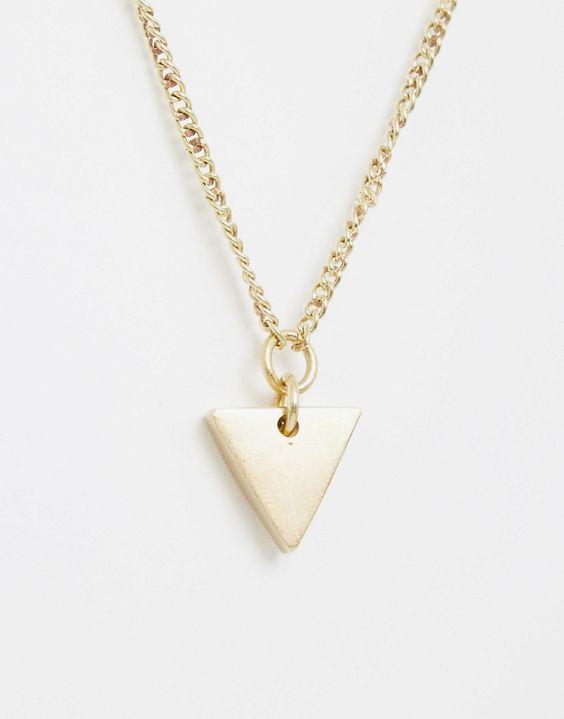 Immagine 2 di Made - Collana con ciondolo a triangolo