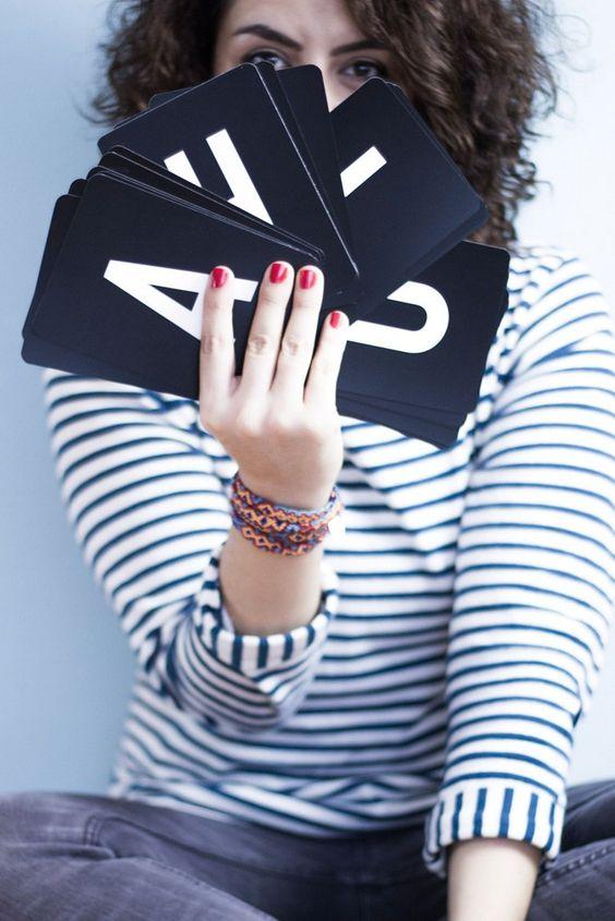 12 Letters of Handmade Fashion Januar Buchstabe