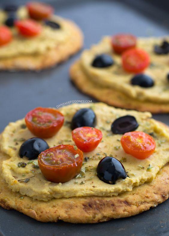 Masa de pizza de coliflor (vegana y sin gluten) | http://danzadefogones.com/masa-de-pizza-de-coliflor-vegana-y-sin-gluten/