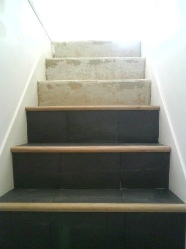 Pose D Un Carrelage Sur Un Escalier En Beton Escalier Beton Escalier Bois Et Escalier Carrelage