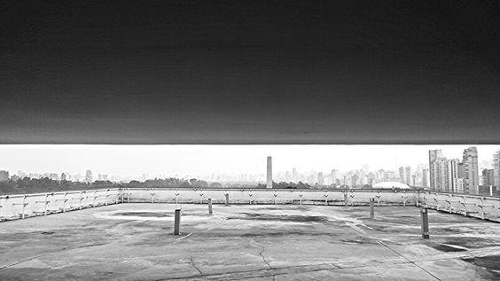 Obelisco do Ibirapuera.