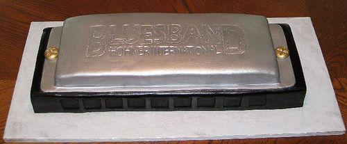harmonica cakes