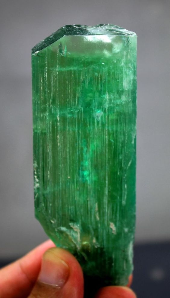71 Gram Terminated Lush Green KUNZITE Crystal with Excellent Luster & Clarity
