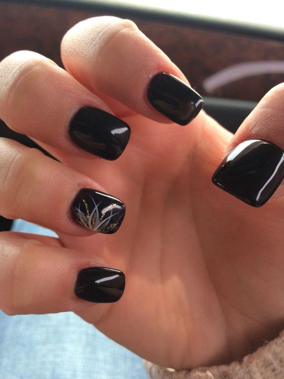 Black and gold acrylic nails