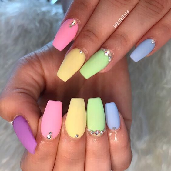 20 Easter Acrylic Nails Which Supremely Stylish And Fashionable Hike N Dip Easter Nails Summer Acrylic Nails Easter Nail Designs