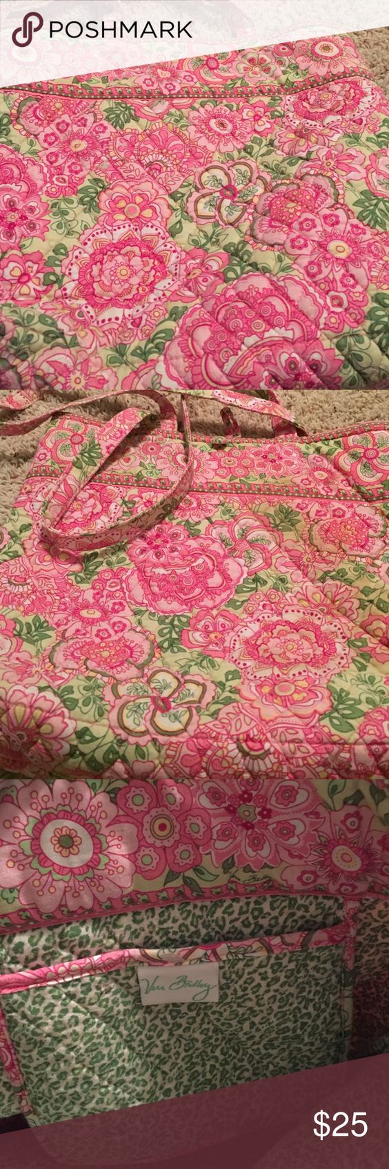 Vera Bradley tote good condition. one stain but barely noticeable Vera Bradley Bags Totes