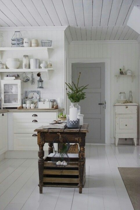 Off the Hinge | gray door white interior | Bayer Built Woodworks