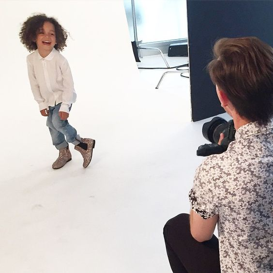 Behind the scenes of the @lofficielenfant photo shoot. She loves every minute of it.  I will do another blog post on modeling soon, since we receive so many emails about it until then, come get chatty with us on snapchat: scoutthecity