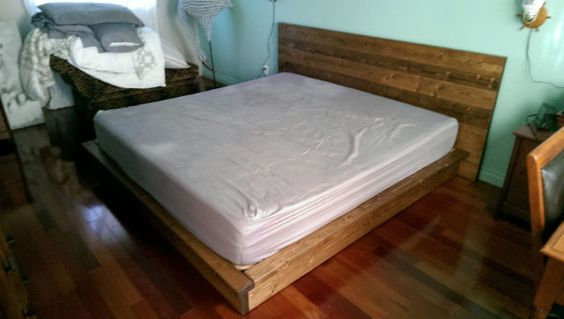 base et tete de lit rustique en bois massif sur commande lits matelas ouest de l 39 le. Black Bedroom Furniture Sets. Home Design Ideas