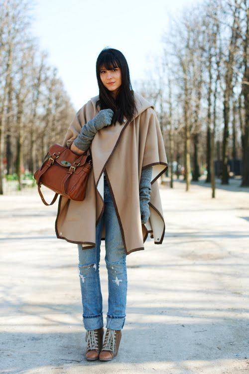 Capes & oversized coats, keep you warm in winter!