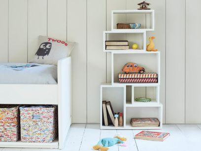 Puzzler kids' shelves
