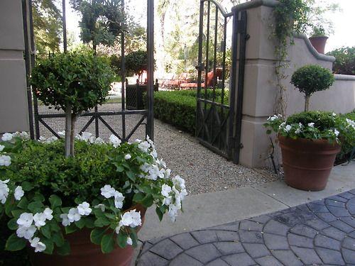 Entrance to Joe Ruggiero's Pool Garden.