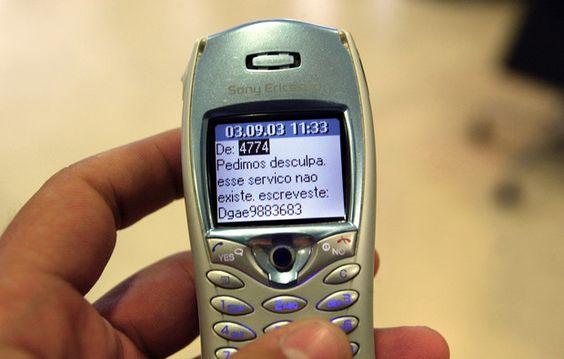 A moda dos telefones estúpidos