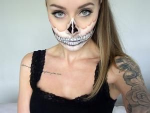 maquillage de squelette pour halloween skull make up for halloween halloween maquillage et. Black Bedroom Furniture Sets. Home Design Ideas