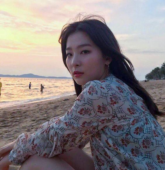 Seulgi Pics ♡ 슬기 나비야 в Твиттере: «girlfriend seulgi..… »