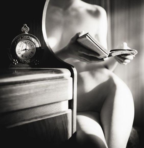 Leer es sexy. Fotografía de George Pruteanu.